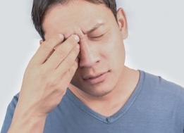 Başı ağrıyan bir adam
